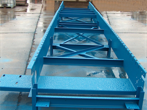 Pioneer Conveyor - wet lap conveyor 1